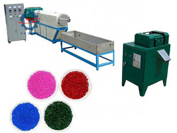 Plastic granule making machine (14)