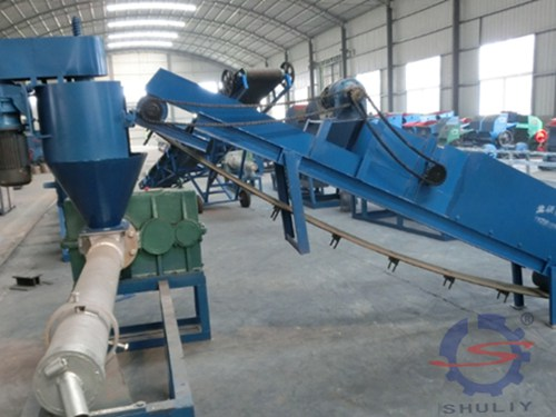 Belt climbing conveyor