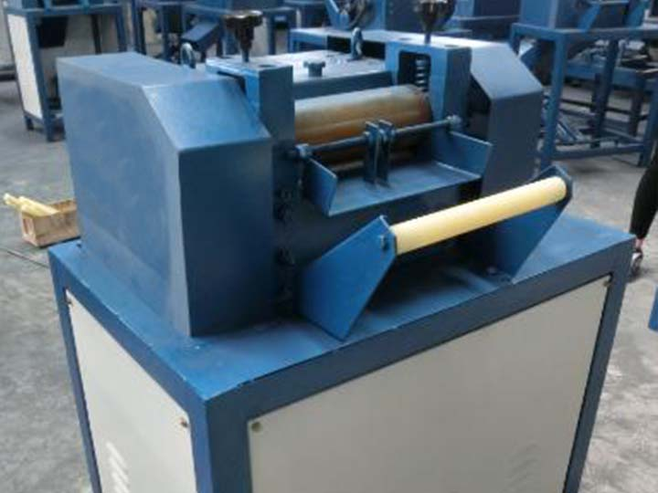 8.0-plastic-pellet-cutting-machine